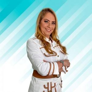 Dra. Adriana Melo
